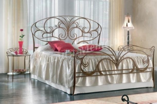 Кровать 021