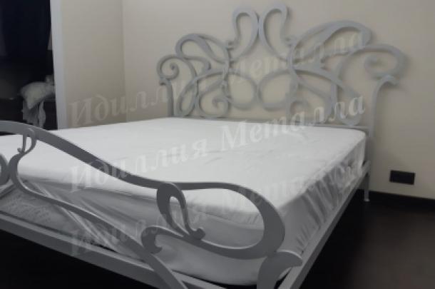 Кровать 023