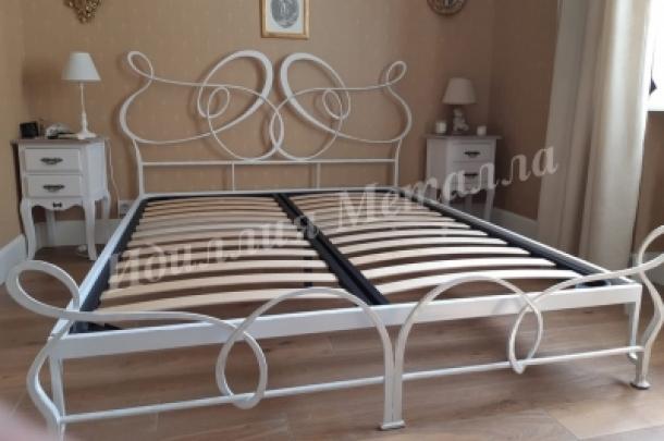 Кровать 036
