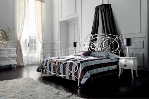 Кровать 043