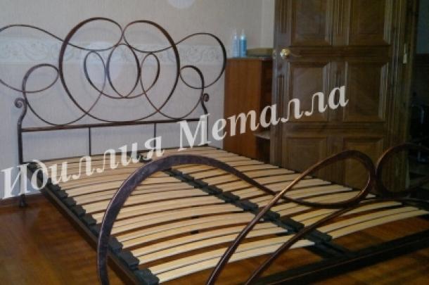 Кровать 048