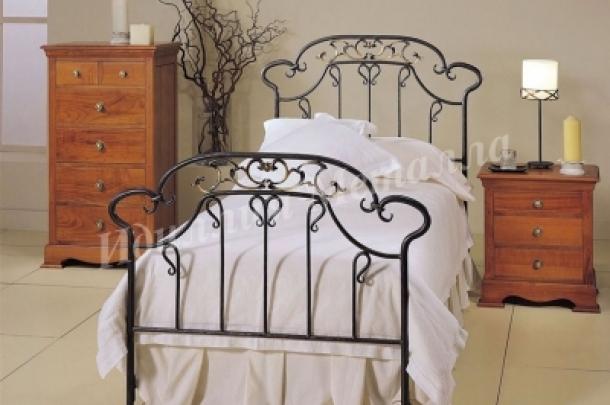 Кровать 075