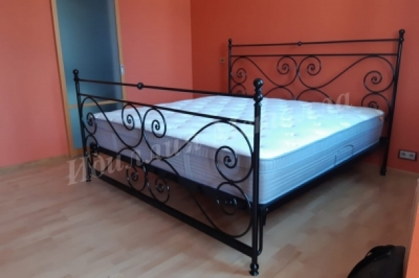 Кровать 077