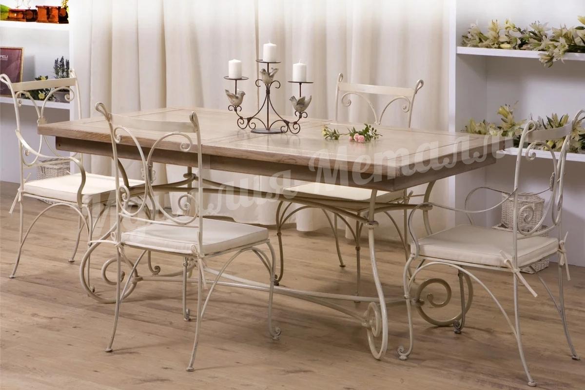 Обеденный кованый стол с деревянной столешницей STOL-029