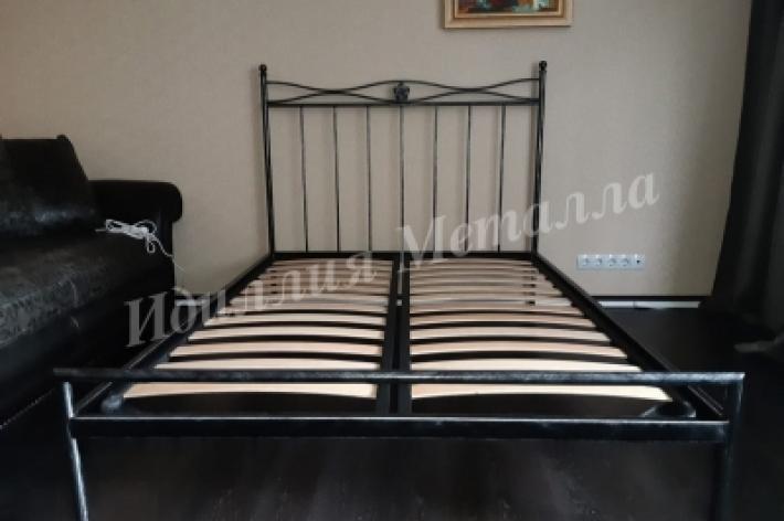Кровать 008