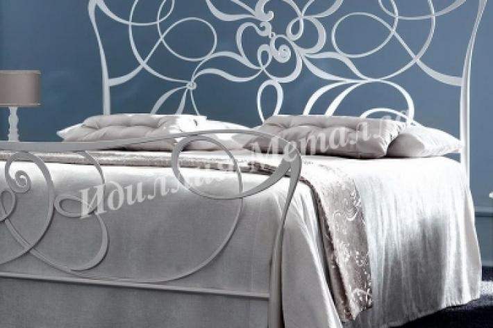 Кровать 020