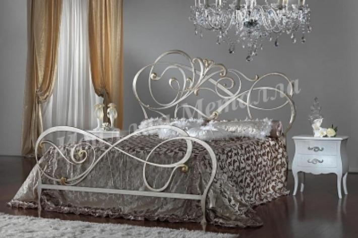 Кровать 022