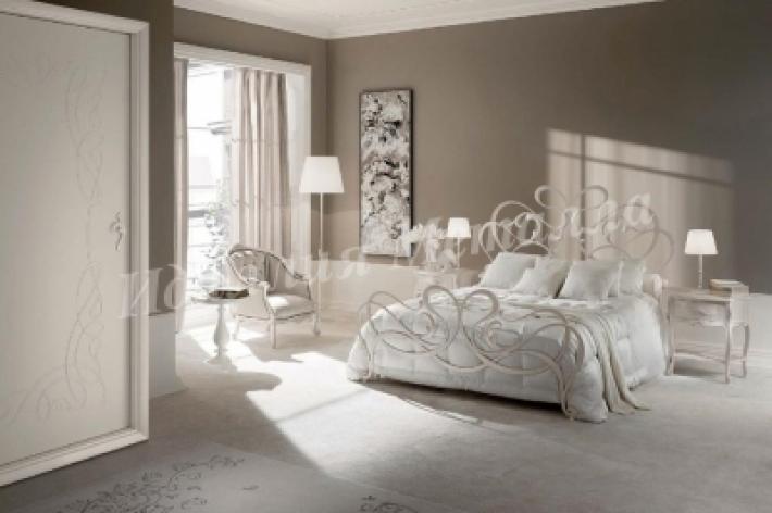 Кровать 030