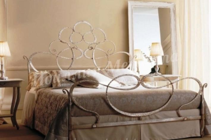 Кровать 033