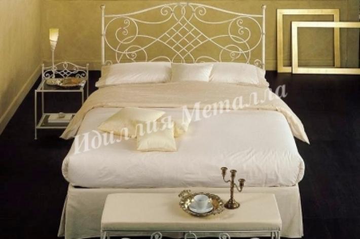 Кровать 046