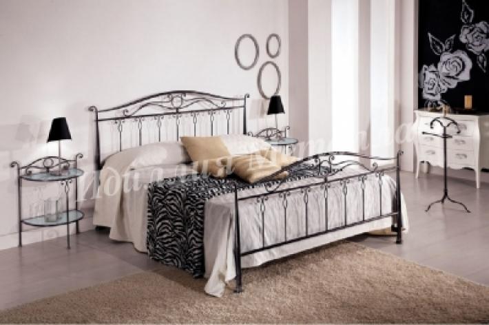 Кровать кованая двуспальная 090