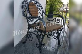 Стул кованый с деревянным сиденьем  STUL-037